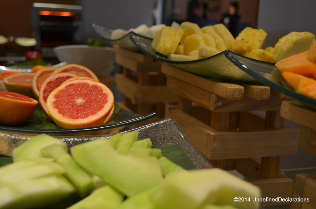 fresh fruits at the Crowne Plaza Muscat breakfast buffet