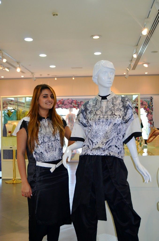 Valleydez Creative Executive, Sidra Surmed, is wearing an art-inspired design by UK-based designer, Jean-Pierre Braganza.